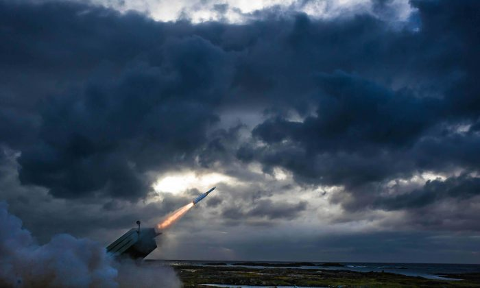 A missile similiar to those sold to Japan is fired and destroys a target drone during an international flight test at the Andoya Space Center in Norway on Aug. 31. (Courtesy of Raytheon)