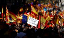Thousands Protest in Barcelona Against Catalan Independence