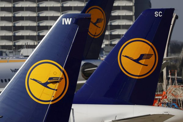 Planes of the Lufthansa airline stand on the tarmac in Frankfurt airport, Germany on March 17, 2016. (Reuters/Kai Pfaffenbach/File Photo)