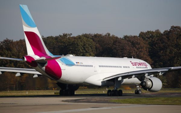 An Airbus A330 belonging to Lufthansa's low-cost brand Eurowings taxis on tarmac before its first long-haul flight to Havana, Cuba, at Cologne-Bonn airport, Germany on Nov. 2, 2015. (Reuters/Wolfgang Rattay)