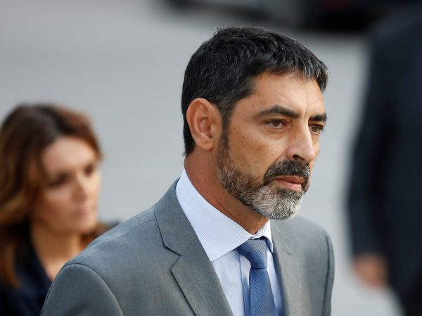 Josep Lluis Trapero, the head of the Mossos d'Esquadra, the Catalan regional police force, enters the High Court to testify for the alleged crime of sedition in Madrid, Spain, October 16, 2017. (Reuters/Juan Medina)