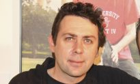 Comedian Sean Hughes Dies at 51