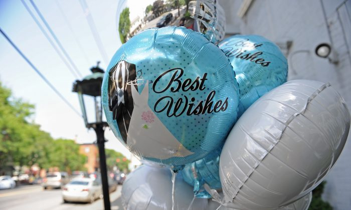 Wedding theme balloons outside a shop on July 28, 2010, in Rhinebeck, N.Y. (Stan Honda/AFP/Getty Images)