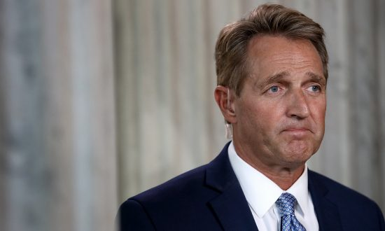 Flake Threatens to Block Judicial Nominees Unless Senate Votes on Bill to Protect Mueller Probe