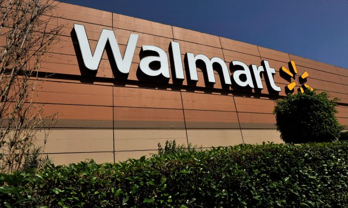A Walmart sign. (Daniel Aguilar/Getty Images)