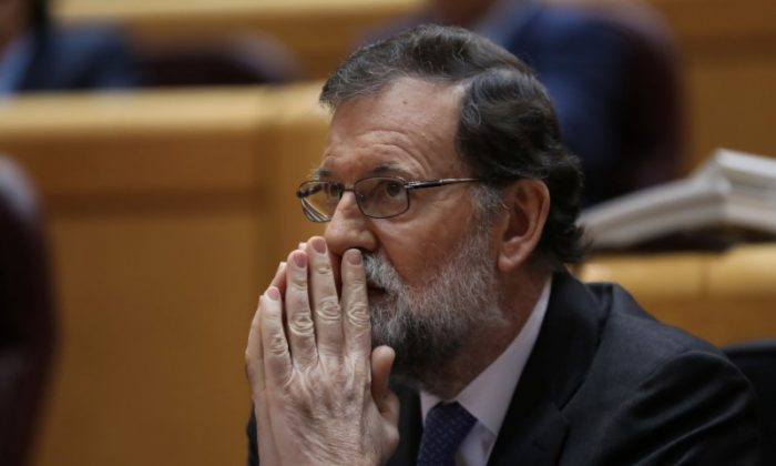 Spain's Prime Minister Mariano Rajoy reacts during a debate at the upper house Senate in Madrid, Spain, October 27, 2017. (Reuters/Susana Vera)