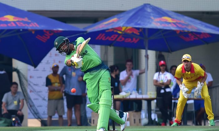 Anwar Ali of Pakistan hits out during their match against MCC in the Hong Kong World Cricket Sixes at Kowloon Cricket Club on Saturday Oct 28, 2017. Pakistan finished as top team after the round robin matches on Day 1 of the two day tournament. (Bill Cox/Epoch Times)