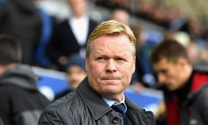 Ronald Koeman, Manager of Everton looks on prior to the Premier League match between Everton and Arsenal at Goodison Park on Oct 22, 2017 in Liverpool, England. Arsenal won the match 5-2 (Gareth Copley/Getty Images)