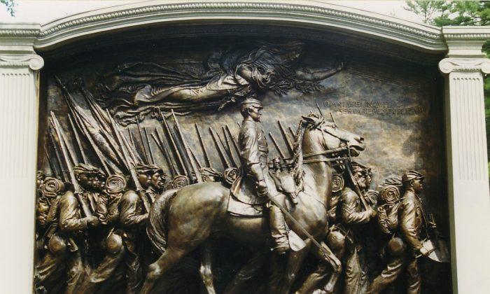 The Robert Gould Shaw Memorial in Boston by Augustus Saint-Gaudens. (Carptrash/CC BY-SA 3.0)