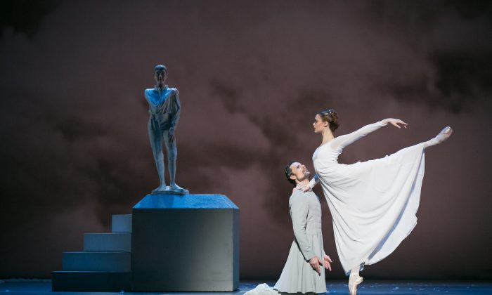 """Piotr Stanczyc as Leontes and Hannah Fischer as Hermione in """"The Winter's Tale."""" (Karolina Kuras)"""