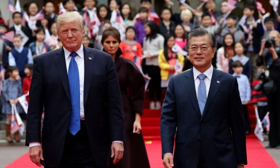 Trump Sends Message of Strength and Hope in South Korea