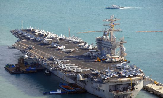 3 US Aircraft Carriers Conduct Rare Military Exercises in Western Pacific