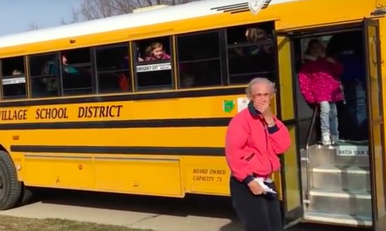 Elderly widow gets the surprise of a lifetime thanks to kids who ride local school bus