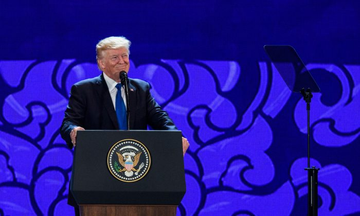 President Donald Trump speaks at the APEC Summit in Danang, Vietnam, on Nov. 10, 2017. (ANTHONY WALLACE/AFP/Getty Images)