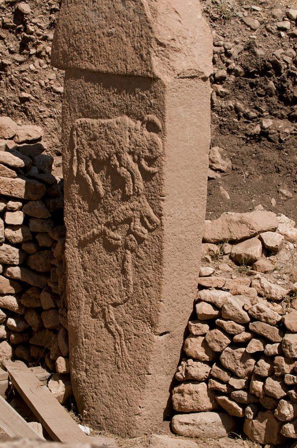 A pillar at Göbekli Tepe. (Teomancimit/CC BY-SA)