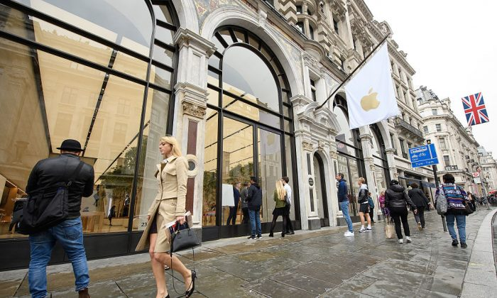 Regent Street was Apple's first store in Europe, and has handled more than 60 million customers over the past 12 years, and will be the first store in Europe with the new design concept. (Leon Neal/Getty Images)
