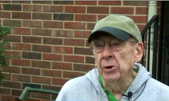 81-year-old man pulls neighbor out of a burning home