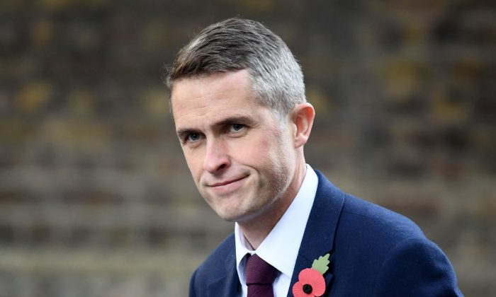 Gavin Williamson arrives in Downing Street after he was announced as the new British Defence Secretary on Nov. 2, 2017 in London. (Carl Court/Getty Images)