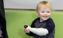 When this little boy's arm was amputated, a father turned to an Xbox and 3D printer for help