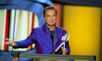 David Cassidy's Son Beau Says Father 'Is Very Sick'