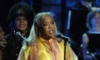 Singer Della Reese, of 'Touched By an Angel' Fame, Dies at 86