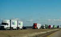 Strong Winds Topple Dozens of Trucks on U.S. Highway