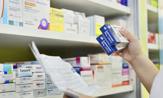 In China, Illegal Licenses Enable Fake Pharmacies to Sell Prescription Drugs