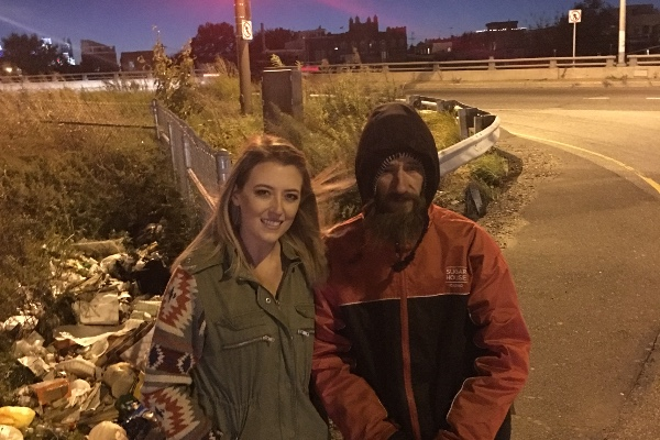 Woman was stranded without gas—then homeless man gave her his last $20. Month later, she returns with the unimaginable
