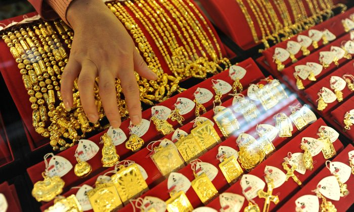 Various gold jewelry at a jewelry shop in Hefei City in eastern China's Anhui Province on November 10, 2009. (STR/AFP/Getty Images)