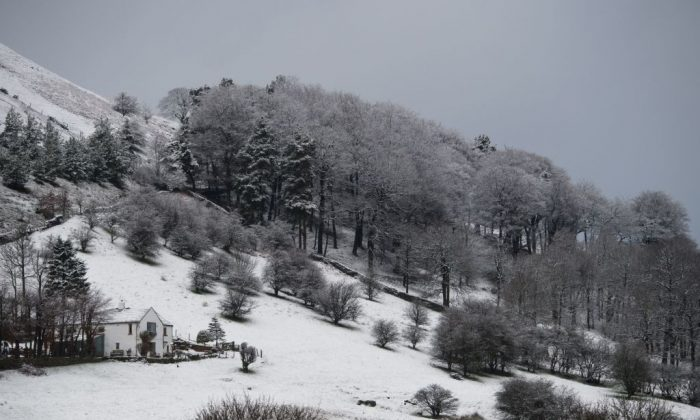 Snow covers the hills and fields surrounding the village of Hayfield in northern England, on February 28, 2017. Forecasters are predicting a similar cold snap for the end of 2017 too. (Oli Scarff/AFP/Getty Images)