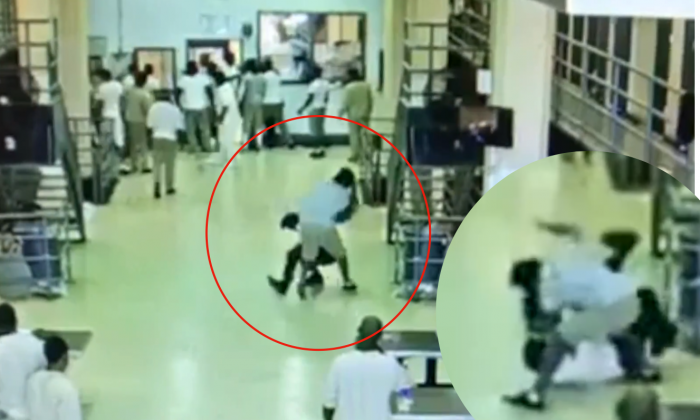Security camera footage has emerged of a corrections captain being viciously attacked by three inmates at Rikers Island on Nov. 23, 2017. (Screenshot YouTube)