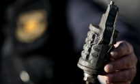 Man Dies after Sending Photo of Grenade without Pin