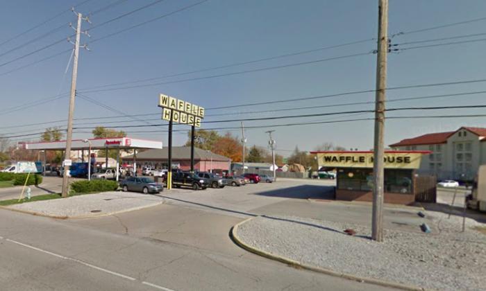 Waffle House at 2621 S. Lynhurst Dr. Indianapolis. (Screenshot via Google Maps)