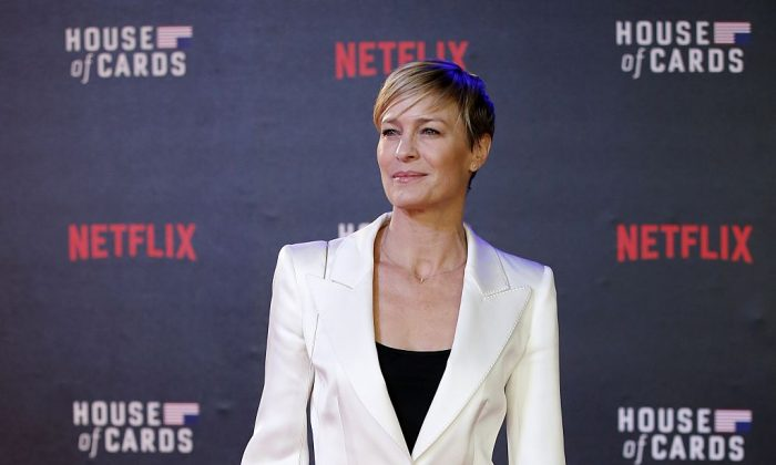 US actress Robin Wright poses for photographers on the red carpet ahead of the world premiere of the television series 'House of Cards - Season 3 Episode 1' in London on February 26, 2015.  (JUSTIN TALLIS/AFP/Getty Images)