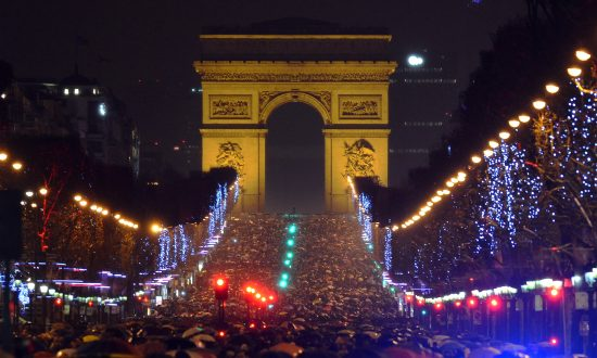 ISIS Threatens Terror Attacks on New Year's Day