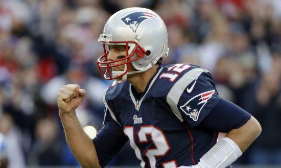 Wristbands on Quarterbacks
