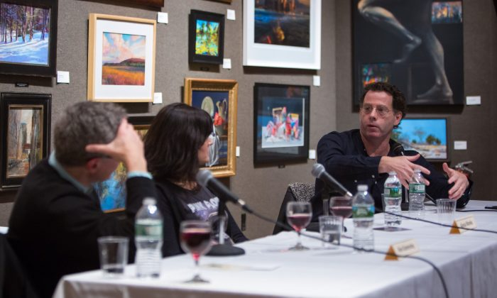 """(L–R) Artists Alex Kanevsky, Alyssa Monks, and Jacob Collins participate in the first panel discussion of the """"FAA Dialogues"""" series,  launched by The Florence Academy of Art - U.S. branch, at the Salmagundi Club in New York on Nov. 30, 2017. (Benjamin Chasteen/The Epoch Times)"""