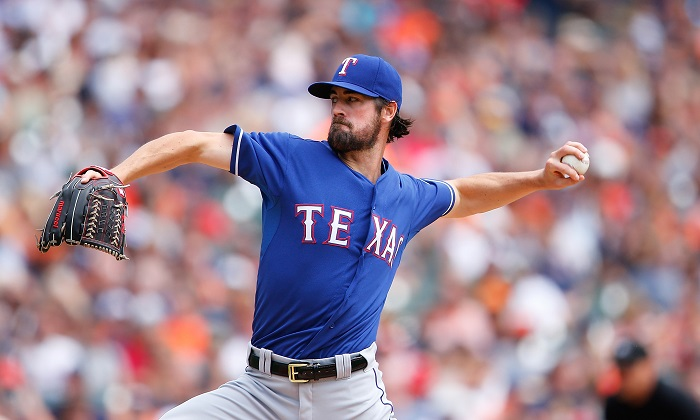 Star pitcher donates mansion to children's charity