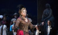Opera Review: 'The Merry Widow'