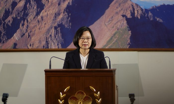 Taiwan's President Tsai Ing-wen speaks during the end-of-year news conference in Taipei, Taiwan Dec. 29, 2017.  (Reuters/Fabian Hamacher)