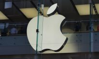 In the Wake of 'Batterygate,' Apple Apologizes