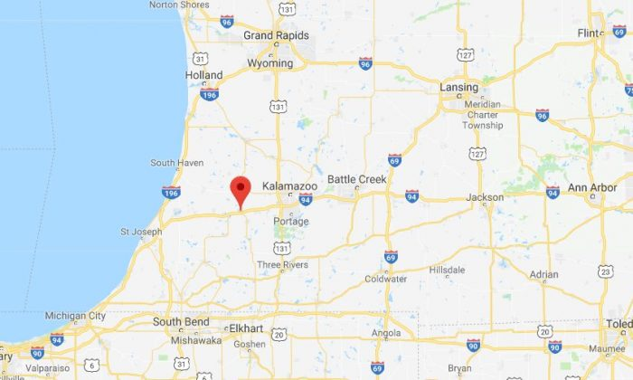 Officials are responding to a massive accident scene along Interstate 94 in Michigan near Paw Paw. (Google Maps screenshot)