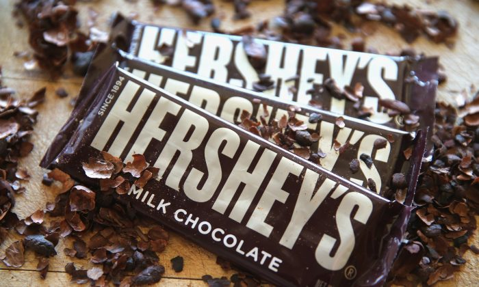 Hershey's chocolate bars are shown in Chicago, Illinois on July 16, 2014. (Scott Olson/Getty Images)