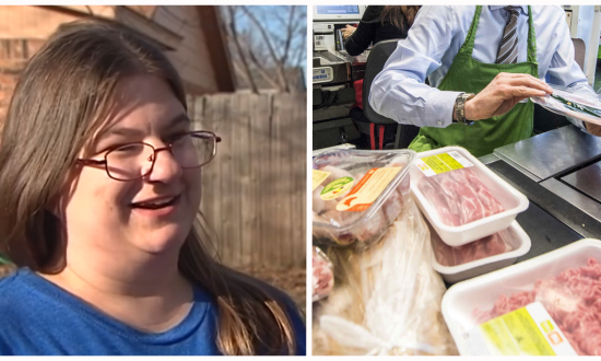 Struggling mom's food stamp denied, but then young store clerks notice what's going on