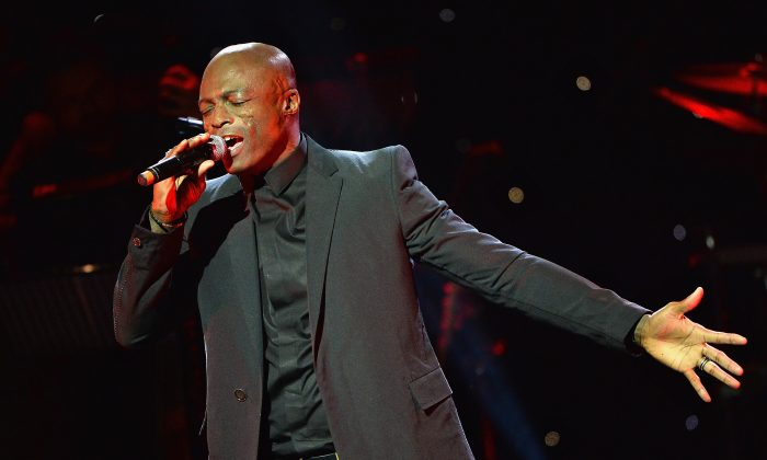 Seal performs on stage at Magic FM's Magic of Christmas concert at London Palladium in London, on Nov. 26, 2017. (Jeff Spicer/Getty Images)