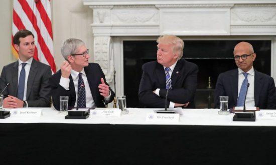 Apple CEO Tim Cook Cites Trump's Tax Reform for $350 Billion US Investment