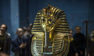 New Excavation Hopes to Find Tomb of Tutankhamun's Wife