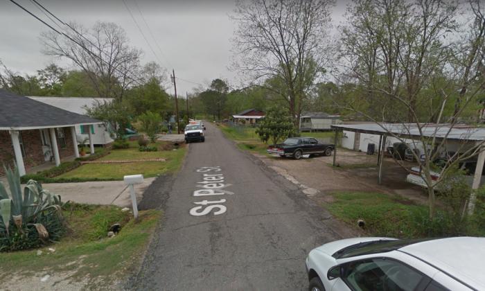 Paul Walker was found dead in his home on St. Peter Street, Pointe Coupee, Louisiana. (Screenshot via Google Maps)