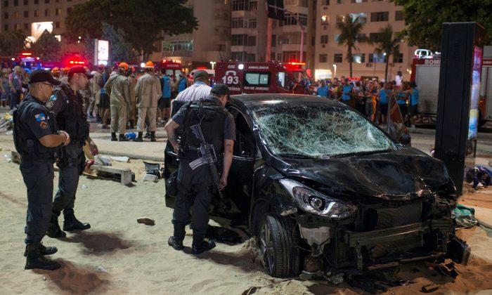A vehicle that ran over some people at Copacabana beach is seen in Rio de Janeiro, Brazil Jan. 18, 2018. (Reuters/Lucas Landau)