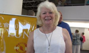 Accountant Enjoys the Values Portrayed by Shen Yun